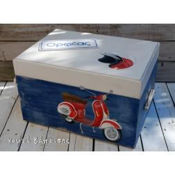"""Ξύλινο Κουτί Βάπτισης """"Βέσπα"""" Μπλε-Κόκκινο"""